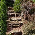 Gartentreppe aus Naturholz-Eiche